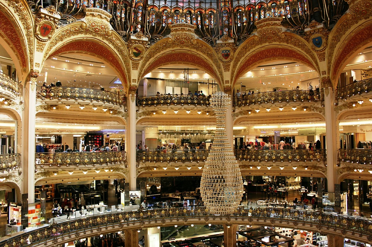 galeries lafayette Google maps.